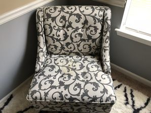 Before & After Upholstery Cleaning in Atlanta, GA (1)